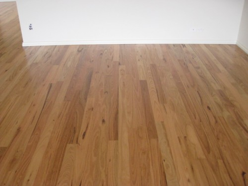 Wax polish feature grade hardwood
